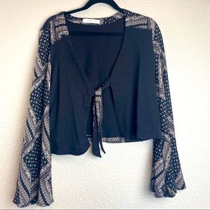Boho Top Bell Sleeve With front Tie Closure Small